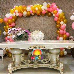 بادکنک آرایی جشن تولد صورتی و طلایی