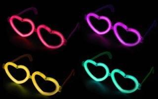 عینک قلبی بلک لایت